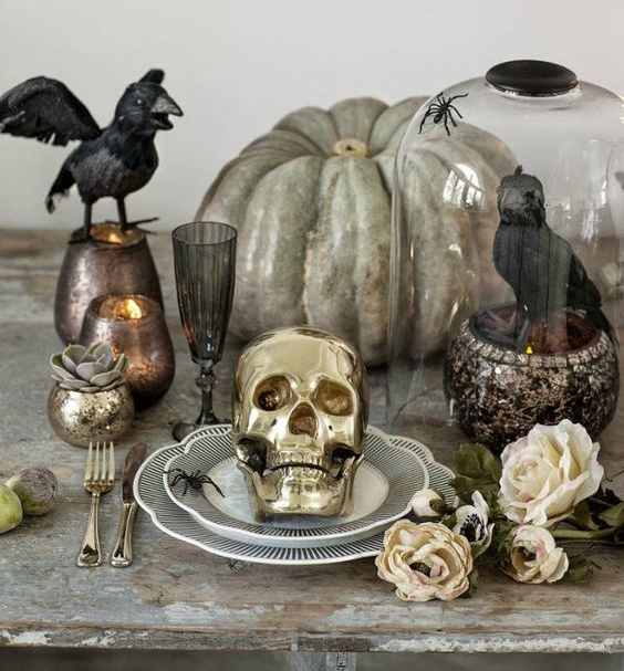 Glam Halloween Decor 2